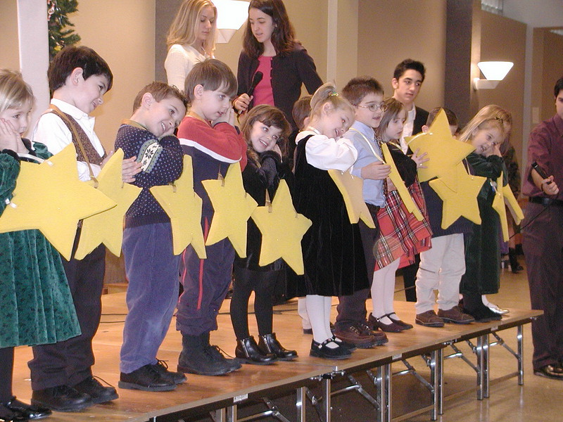 2002-12-21-HT-Christmas-Pageant_110.jpg