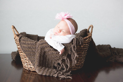 Baby Piper 1 Month