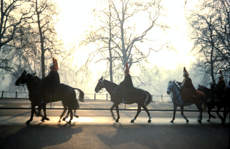 1960-2-5 (29) Horse Guards on way up the Mall.JPG