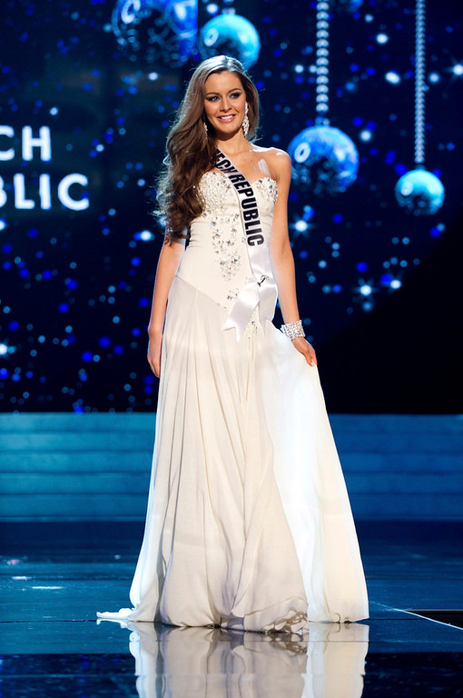 . Miss Czech Republic 2012 Tereza Chlebovska competes in an evening gown of her choice during the Evening Gown Competition of the 2012 Miss Universe Presentation Show in Las Vegas, Nevada, December 13, 2012. The Miss Universe 2012 pageant will be held on December 19 at the Planet Hollywood Resort and Casino in Las Vegas. REUTERS/Darren Decker/Miss Universe Organization L.P/Handout