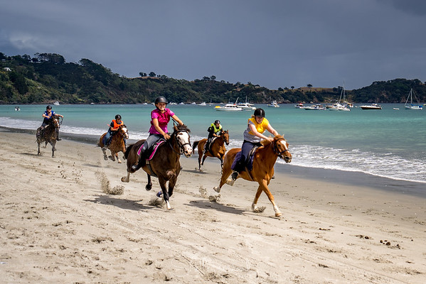 Onetangi Beach Races 2020