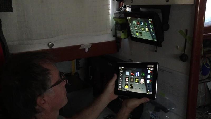 Mirroring between iPad and Plotter