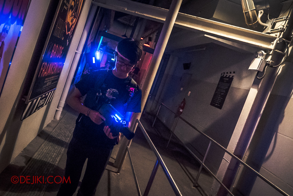 Halloween Horror Nights 7 Zombie Laser Tag - Geared up and ready to go