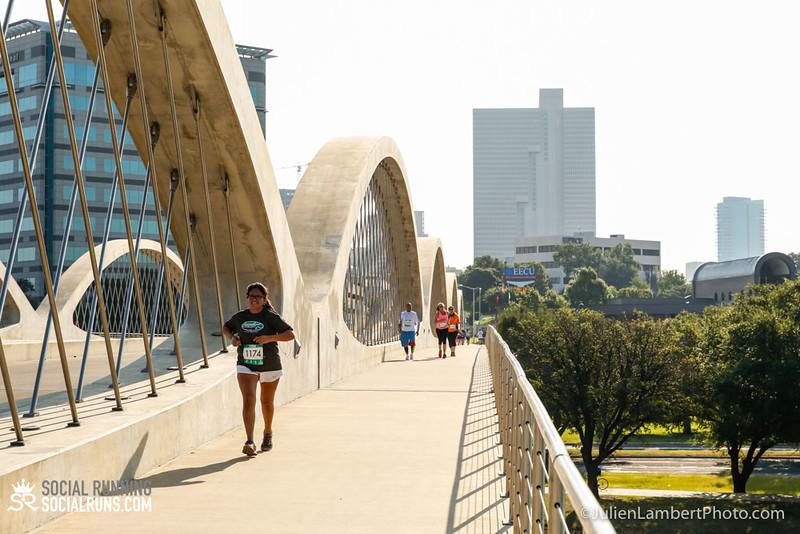 Fort Worth-Social Running_917-0318.jpg