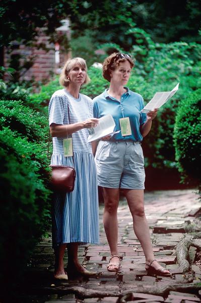 1990-08 Chris & Katie Roberts - 2.jpg