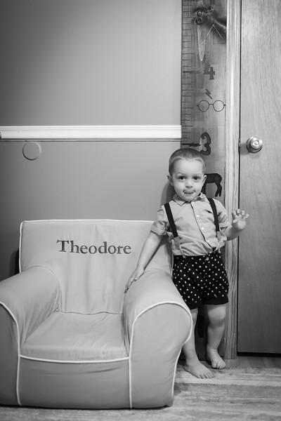 Theo Dingman Newborn August 2020-6.jpg