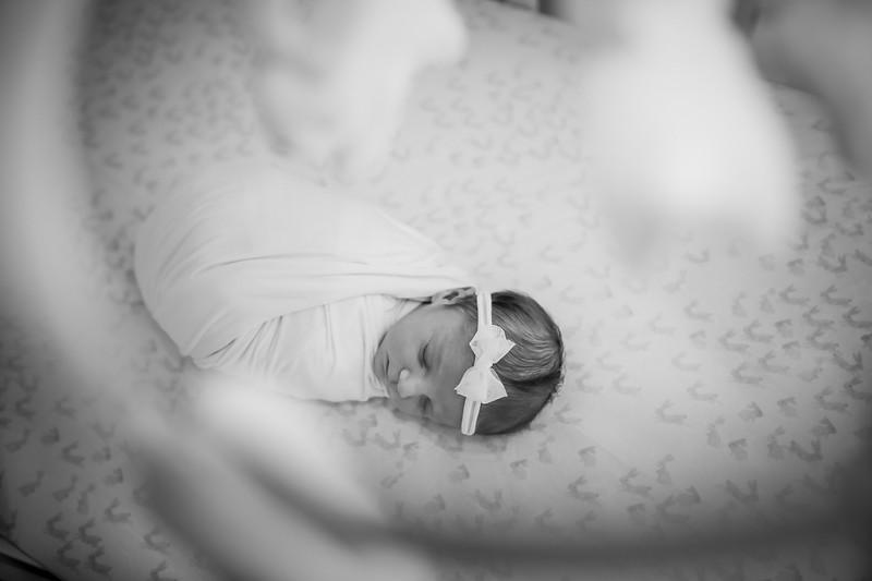 bw_newport_babies_photography_hoboken_at_home_newborn_shoot-5179.jpg
