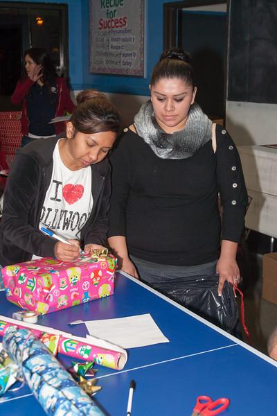 Anaheim Boys & Girls Club Gift Wrapping