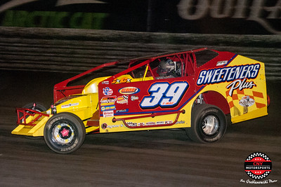 Super DIRTcar Series February 15 2018 Joe Grabianowski Photos