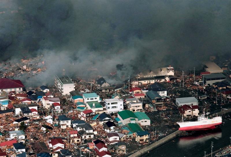JapanEarthquake2011-330.jpg