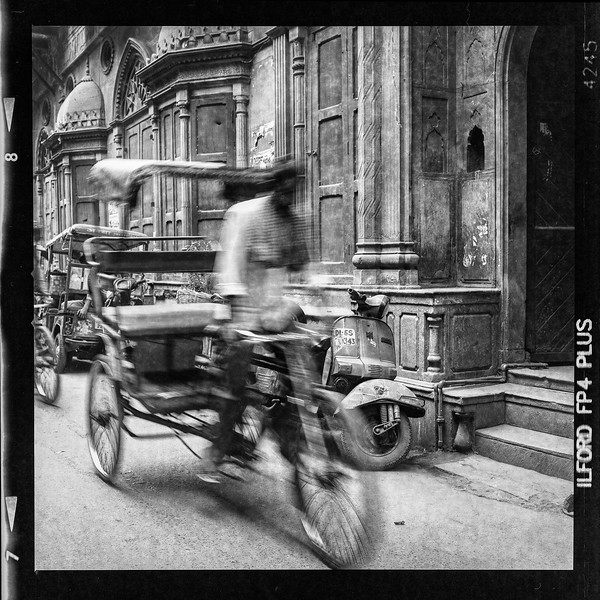 rickshaw-blurB.jpg