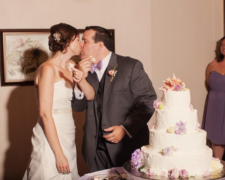 weddingphotographers601-2128407494-O.jpg