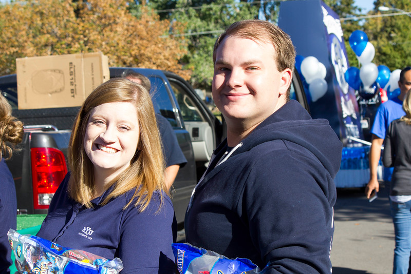 2015_10_10_Homecoming_Parade_7643.jpg