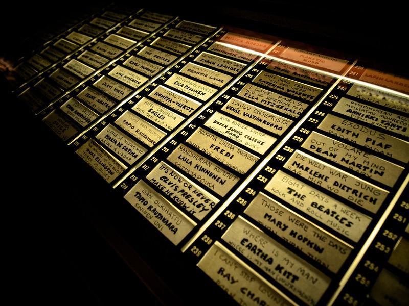 kallio pub sirdie jukebox.jpg