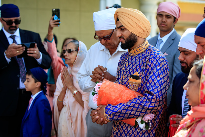 Neelam_and_Matt_Gurdwara_Wedding-1233.jpg