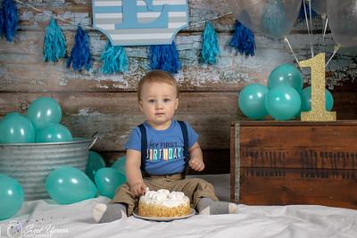 Evan Cake Smash