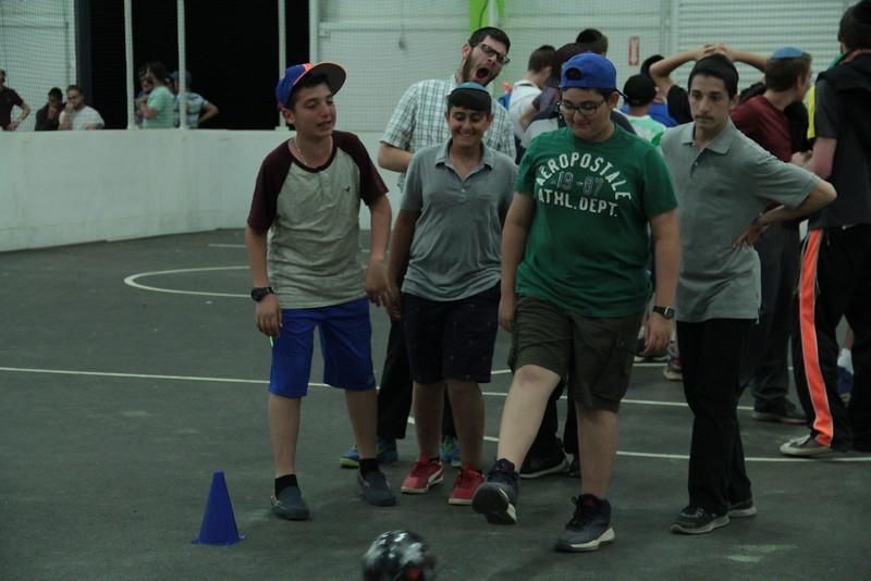 kars4kids_thezone_camp_2015_boys_boy's_division_night_activity_activities_trick_shots_ (1).JPG