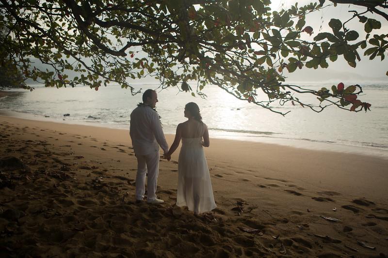natasha-boris-kauai-wedding-9.jpg