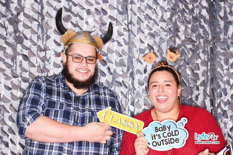 red-hawk-2017-holiday-party-beltsville-maryland-sheraton-photo-booth-0071.jpg