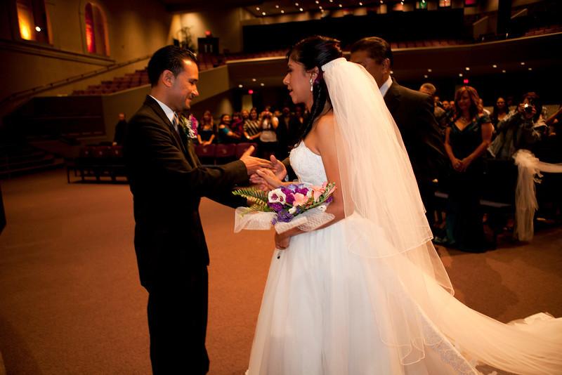2011-11-11-Servante-Wedding-90.JPG