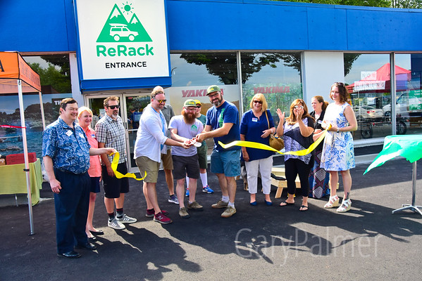 Renton Chamber of Commerce -  ReRack Ribbon Cutting