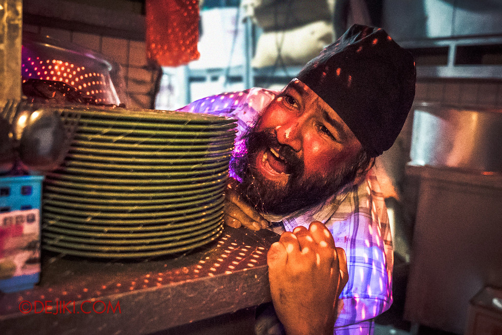 Halloween Horror Nights 6 - Hawker Centre Massacre / Indian Uncle