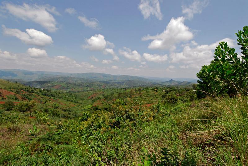 070116 4669 Burundi - on the road to Nyanza-Lac and Rumonge _E _L ~E ~L.JPG