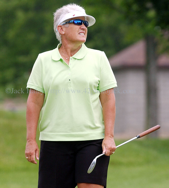 jhgolf5 - Patty Sheehan reacts to missing a putt on the seventh hole.