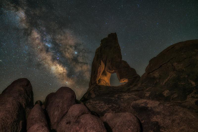 Made from 20 light frames by Starry Landscape Stacker 1.8.0.  Algorithm: Min Horizon Star Dupe