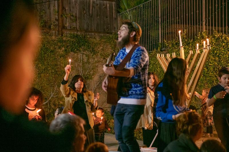 Brentwood Chabad -Chanukah894.jpg