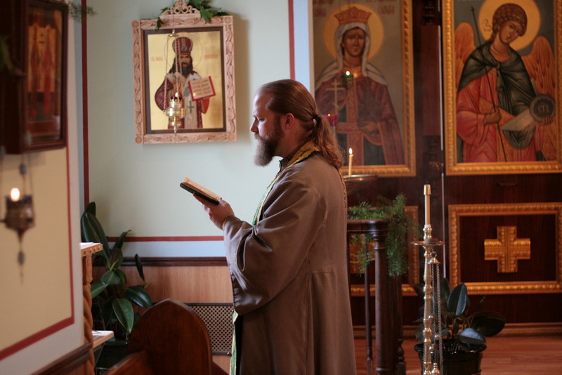 2009-Pentecost-Panikhida and All-Night Vigil-img_6346.jpg