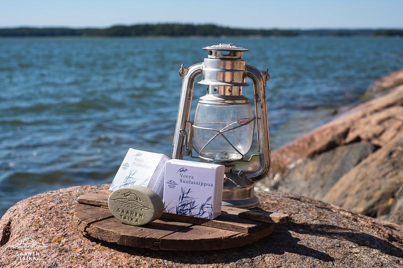 Saaren Taika veera suolasaippua teepuusaippua kamomilla shea pyykkietikka-3598.jpg