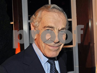 60-minutes-honors-correspondent-morley-safer-as-he-retires