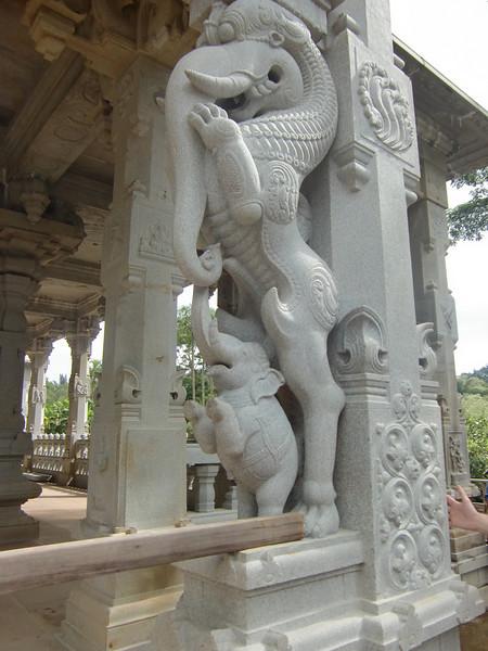 47-Detalj fra Hindu tempelet.JPG