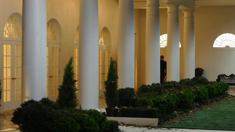 WHITE HOUSE 30% 19.jpg
