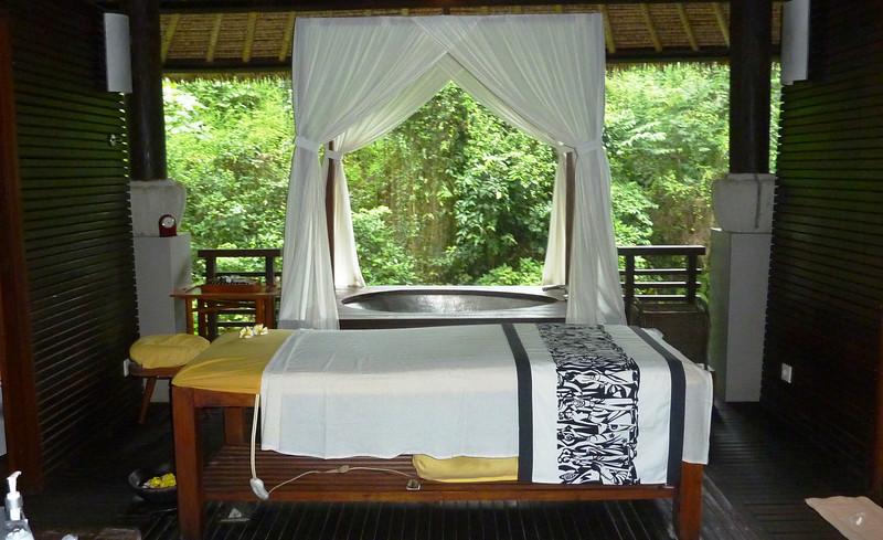 high end massage - Maya Hotel