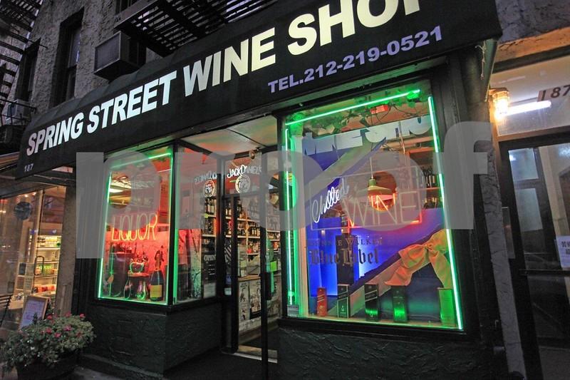 Spring St. Wine Shop 6932.jpg