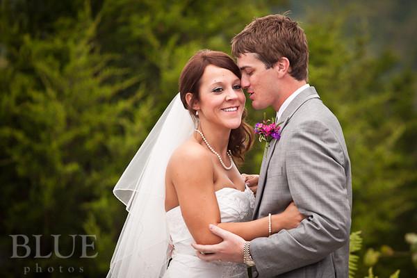 Holt-Summit-MO-Winery-Wedding-Photographer-091810-23.jpg