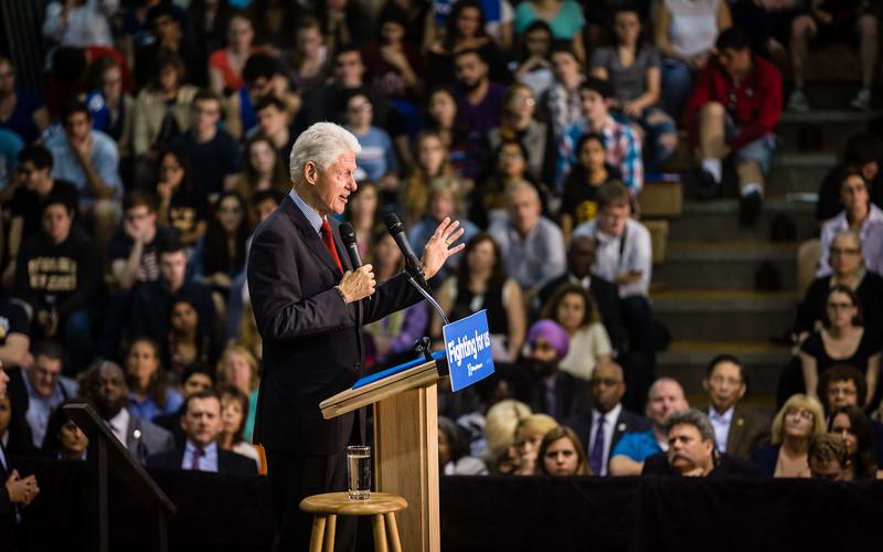 President Bill Clinton @ TCNJ 5-13-2016-20.jpg