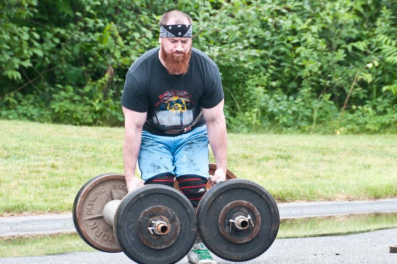Fitness Revolution Strongman Challenge 2011_ERF3521.jpg
