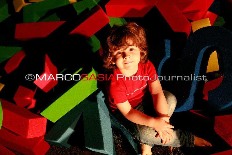 0273-zooart-01-2012.jpg