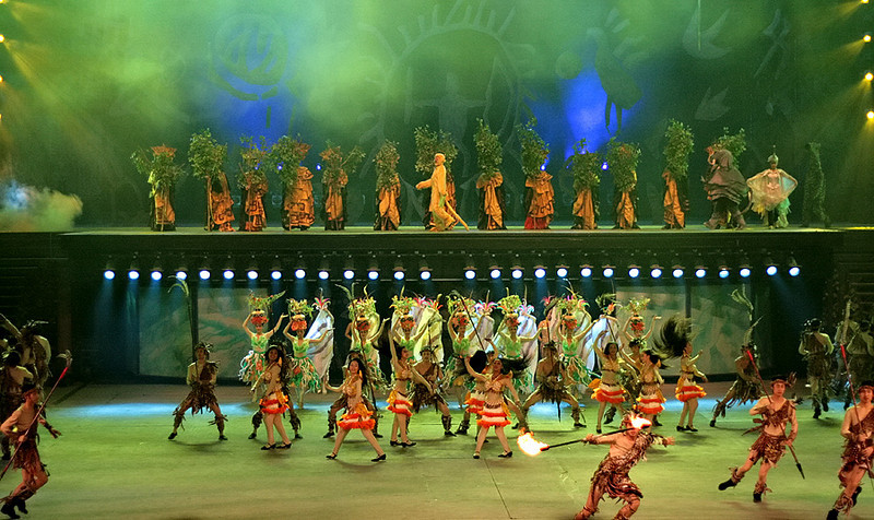Dance with the Dragon and Phoenix Chinese Folk Village
