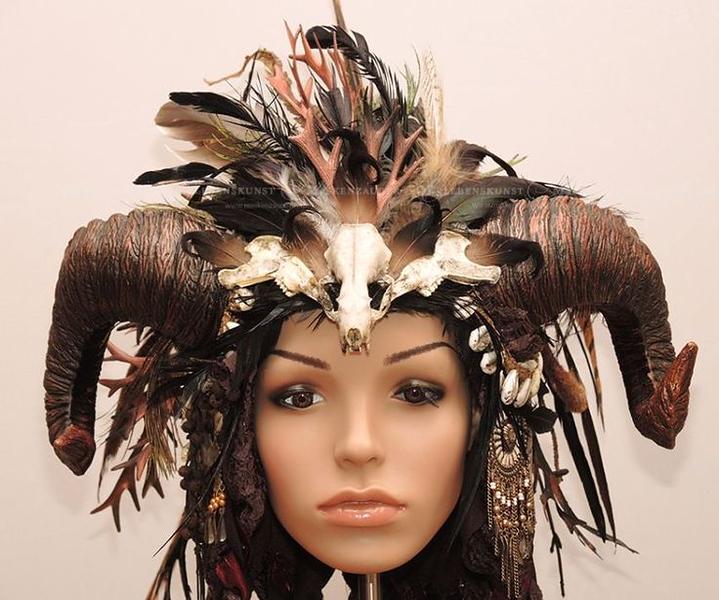 e9d765ef0a3615fd2d951b3cb50b20dc--headdress.jpg