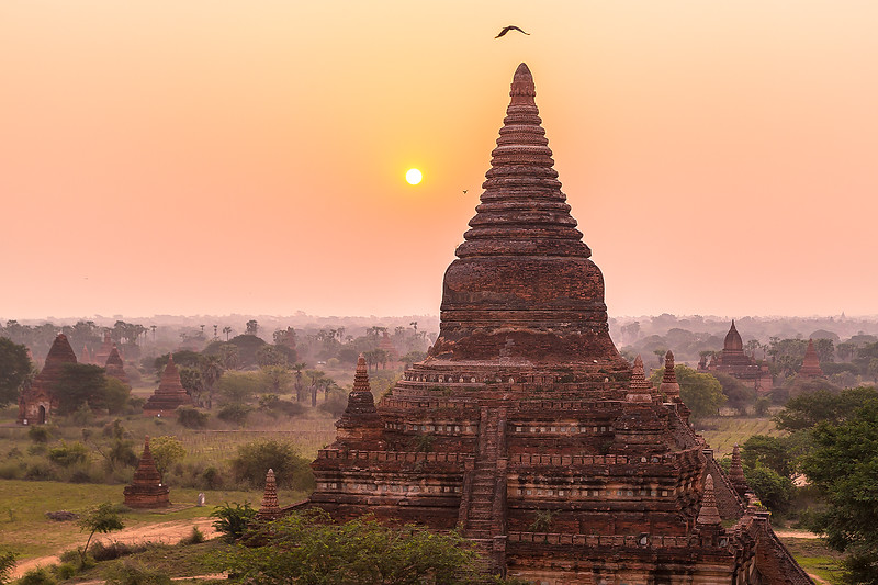 Sunset Bagan TempleIMG_8196.jpg