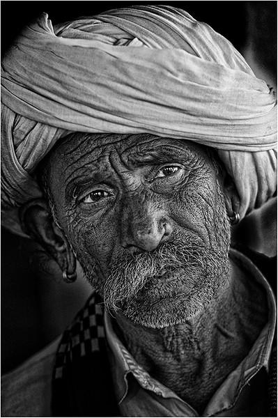 India 1306 bw.jpg