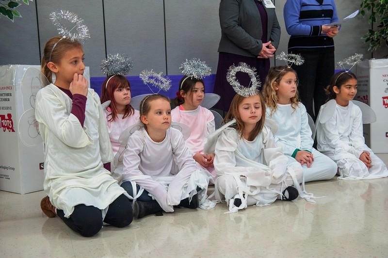 20191209 Faith Children Advent Family Gathering-7982.jpg