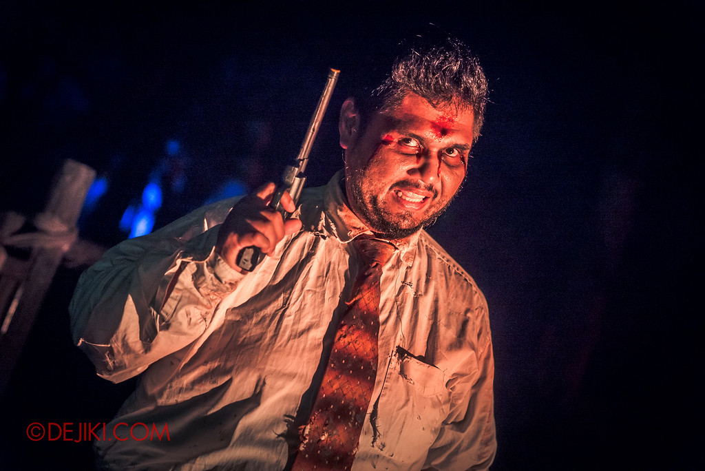 Halloween Horror Nights 6 Final Weekend - Suicide Forest / Businessman