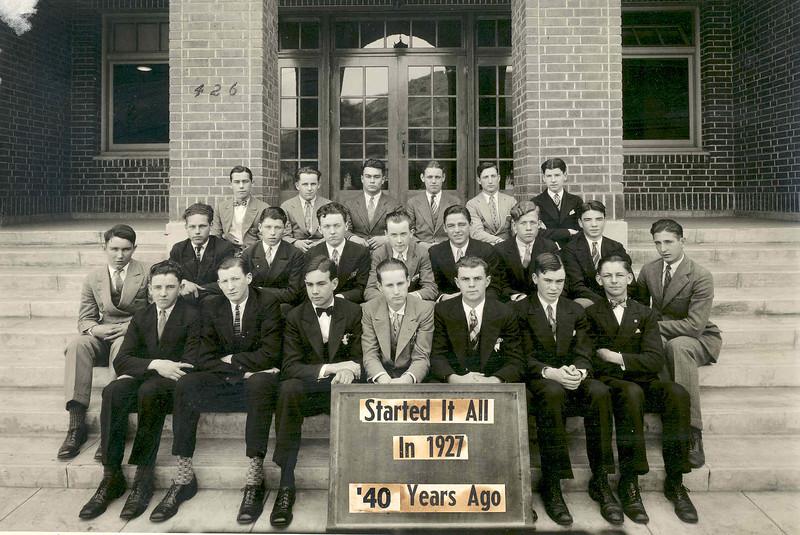 1927 Group.jpg