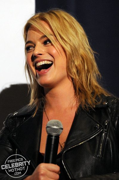 EXCLUSIVE: Margot Robbie Reunites With Sam Clark At Focus Screening