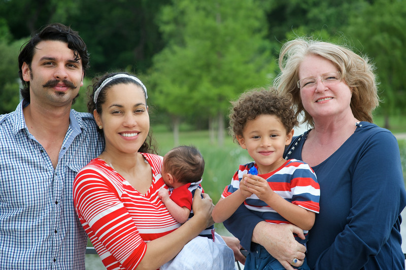 Simmons-Rodriguez-family-006.jpg